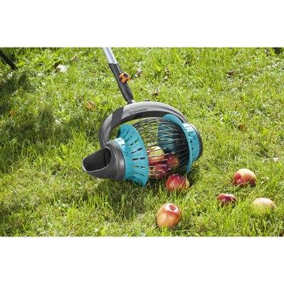 Gardena combisystem fruit collector official uk stockist - Ramasse fruits gardena ...